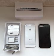 Apple iPhone 5s - 16 GB - Silver - Unlocked - GSM